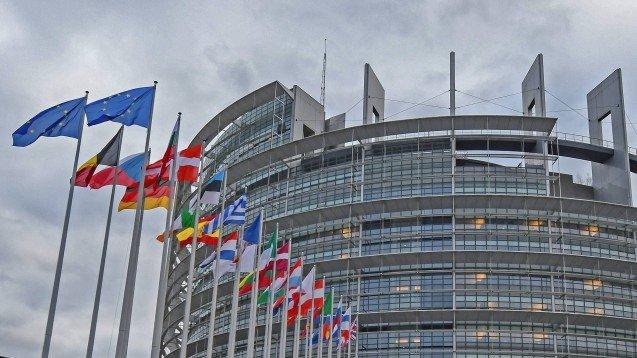"""EU-Parlament will Cannabismedizin fördern  und """"vergisst"""" die Blüten"""