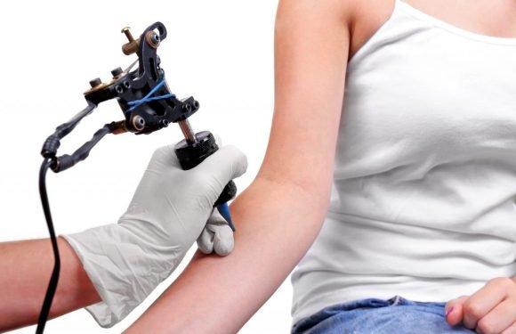 Rückrufaktion: Hersteller muss gefährliche Tätowierfarbe zurückrufen