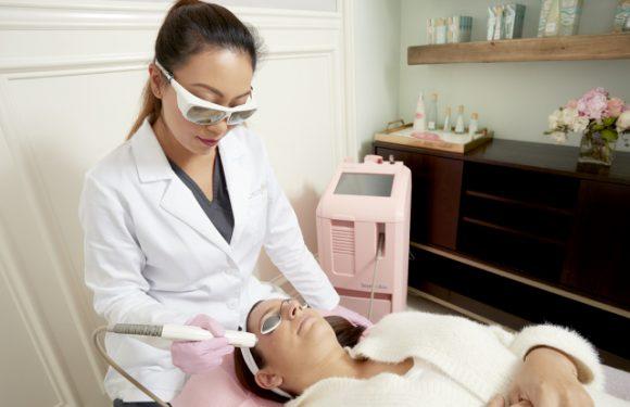 Profitieren Wird In Laser-Gesichtsbehandlungen Mit BenefitSkin