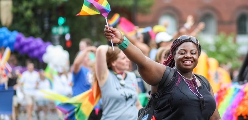 23% der Jungen schwarzen Frauen identifizieren sich als Bisexuell