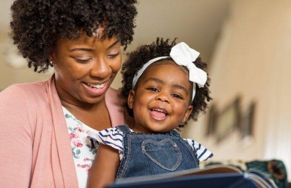 Eltern spielen eine wichtige Rolle bei der Förderung der Kinder-Liebe zum Lesen