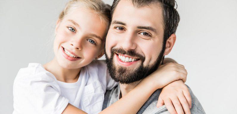 Konversation Schwierigkeiten mit dem Vater wirkt sich auf Jugendlicher Gesundheit