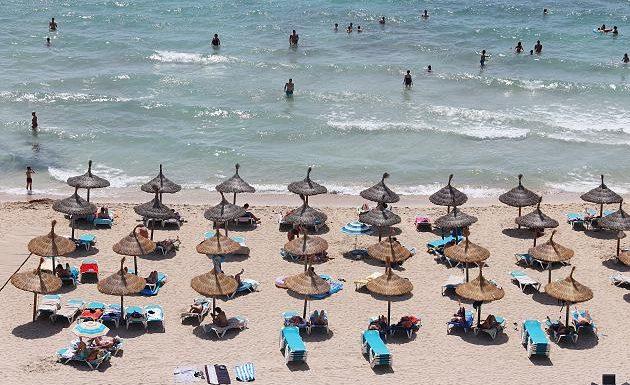 Sommerurlaub im Ausland? Maas ist optimistisch – Grundschule nach Corona-Ausbruch dicht
