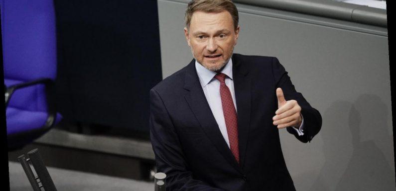 Christian Lindner begrüßt geplante Lockerungen für Geimpfte